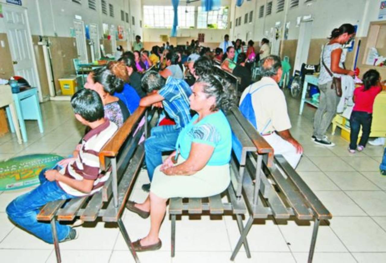 La consulta externa podría ser una de las áreas más afectadas en caso de que el sindicato paralice las atenciones en hospital.