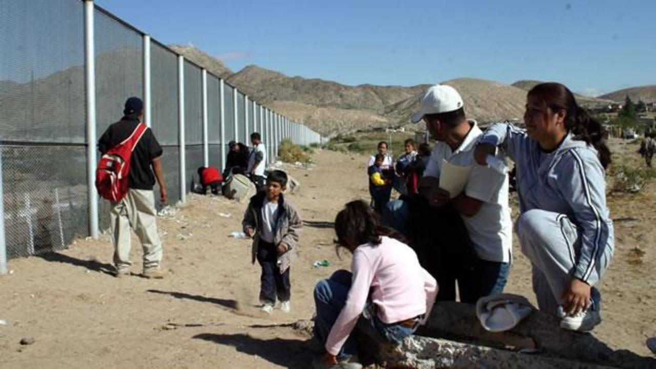 230 niños ilegales salvadoreños permanecen en albergue de México