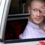 El sargento estadounidense Bowe Bergdahl escuchaba a un combatiente talibán.