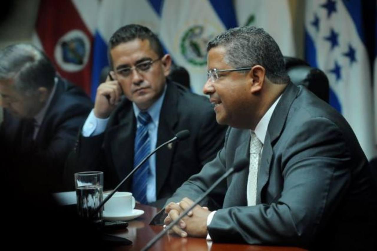 Honduras desmiente captura de expresidente Francisco Flores