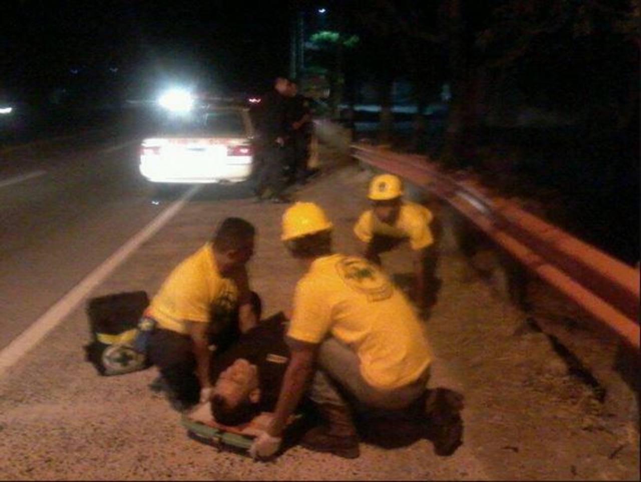 Dos agentes resultaron heridos en el ataque a la patrulla policial.