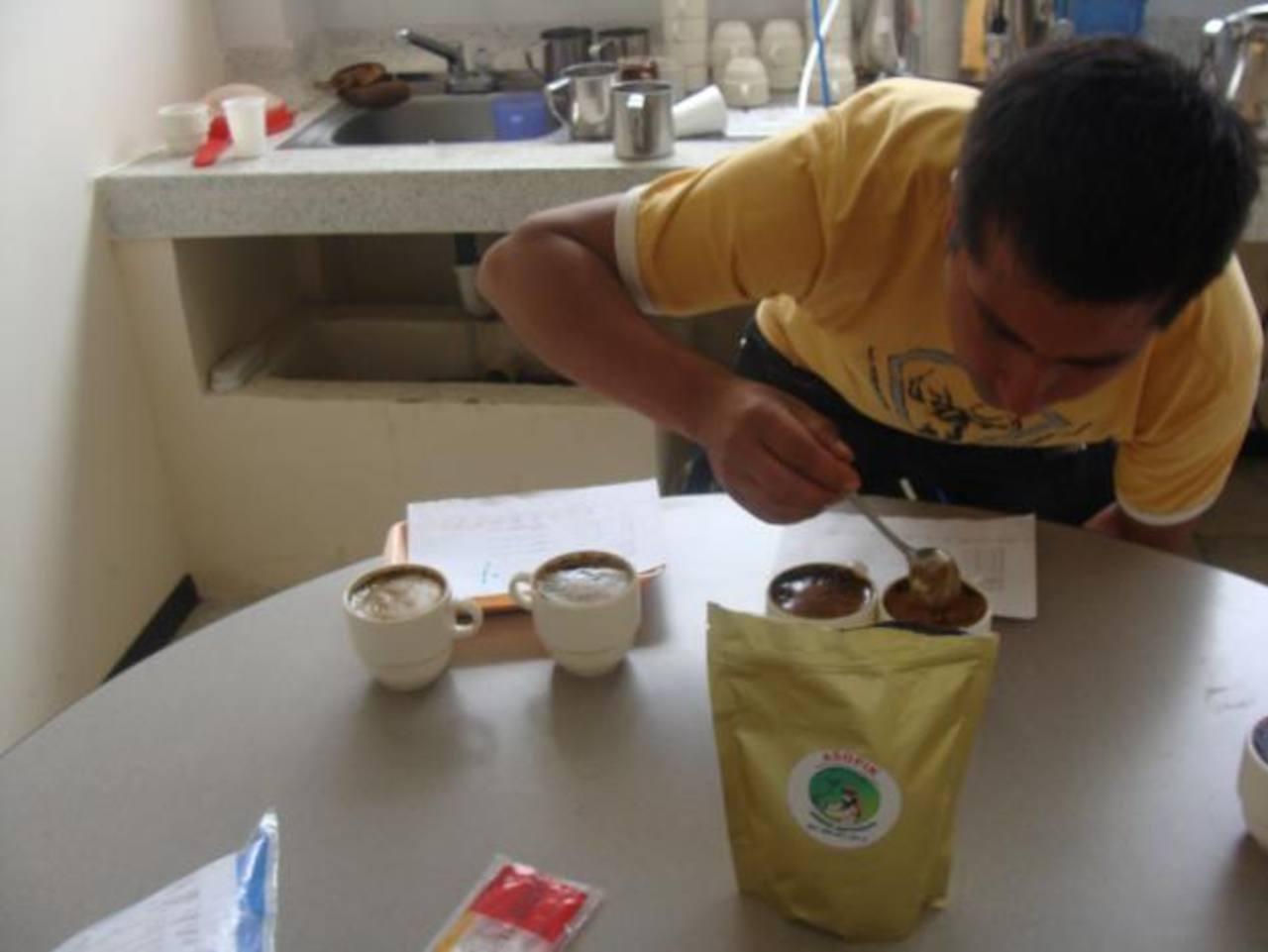 La actividad se desarrollara en la Casa Club Portal del Casco a las 6:30 de la tarde. Los fondos recaudados son a beneficio de Alemar. foto edh /Archivo