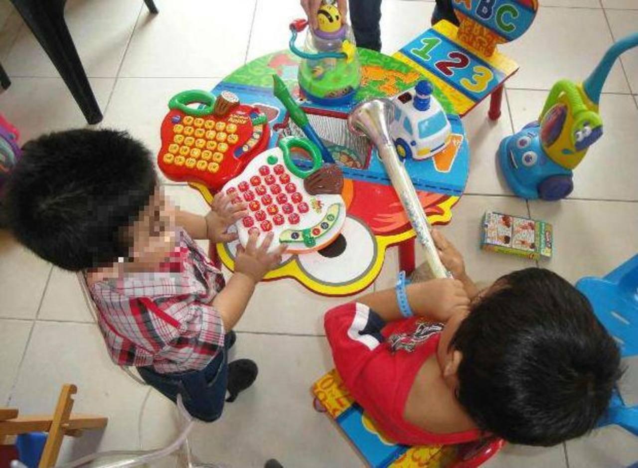 La estimulación temprana es clave en la vida académica de los niños. Foto EDH / ARCHIVO