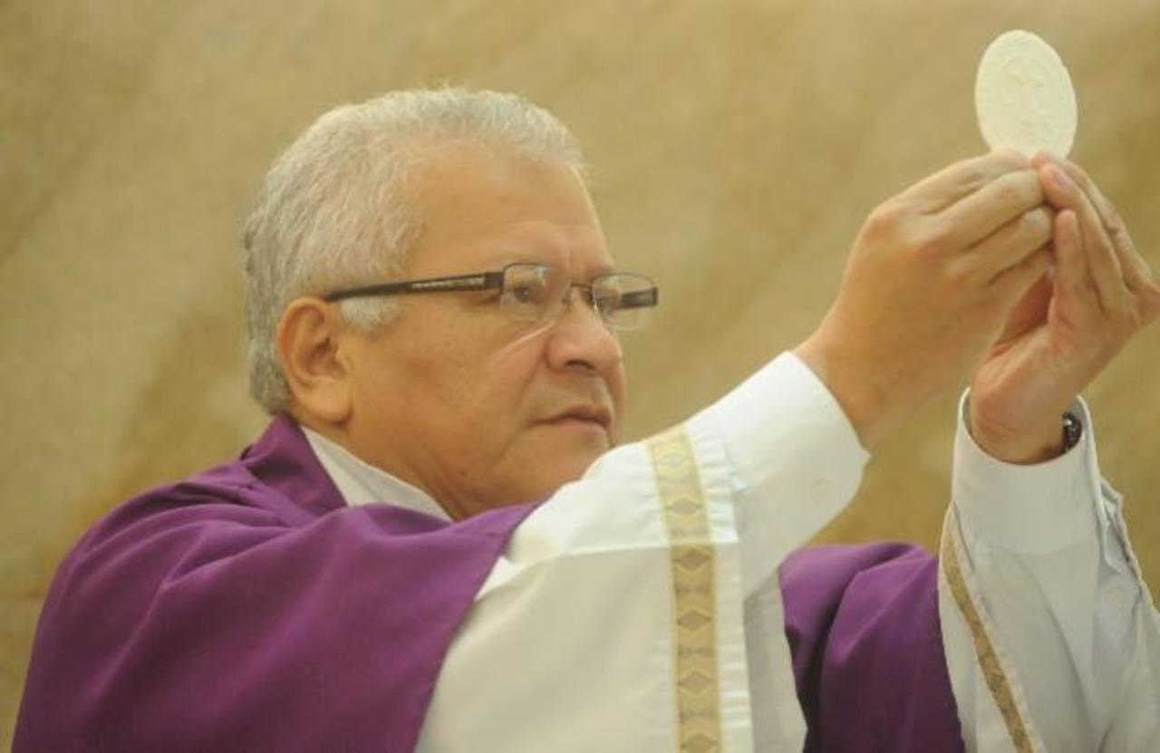 El padre Martín Ávalos participará en el evento de las Damas Salesianas. foto edh / archivo
