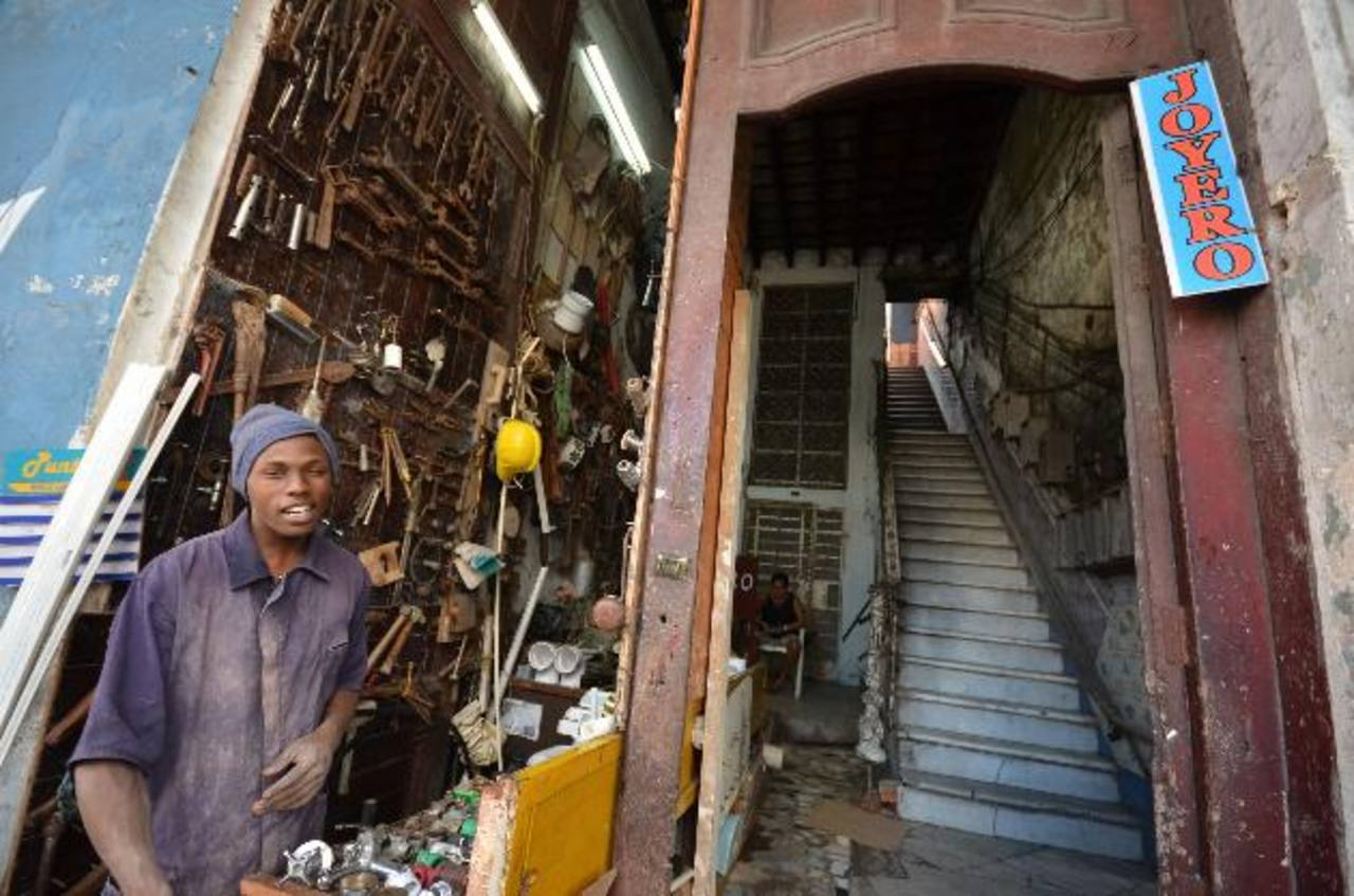 La economía cubana no está creciendo al ritmo necesario.