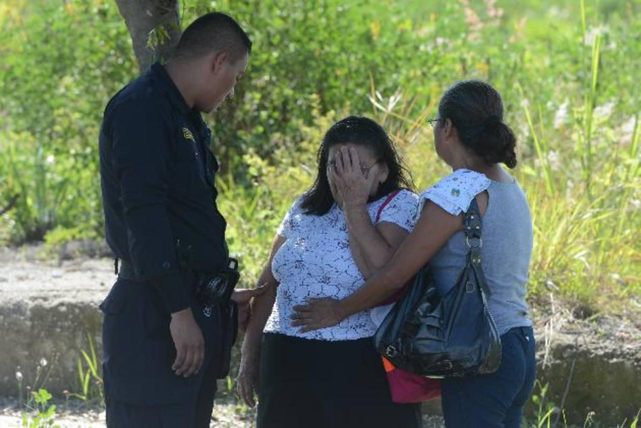 Santiago de Jesús Mercado, fue asesinado por tres hombres que se presume eran pandilleros, en la residencial Los Almendros, en San Martín. Foto EDH / Jaime Anaya