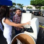Los asistentes pusieron de su parte y llevaron aparatos inservibles. Fotos edh/ Ericka Chávez