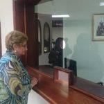 En nombre de ARENA, la diputada Milena de Escalón hizo la petición.