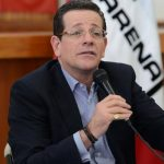 Jorge Velado dijo que los 28 diputados quieren reelegirse.