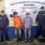 Elmer Adonay Enamorado Melgar y Germis Enamorado Mercado fueron detenidos como sospechosos de perpetrar la balacera.