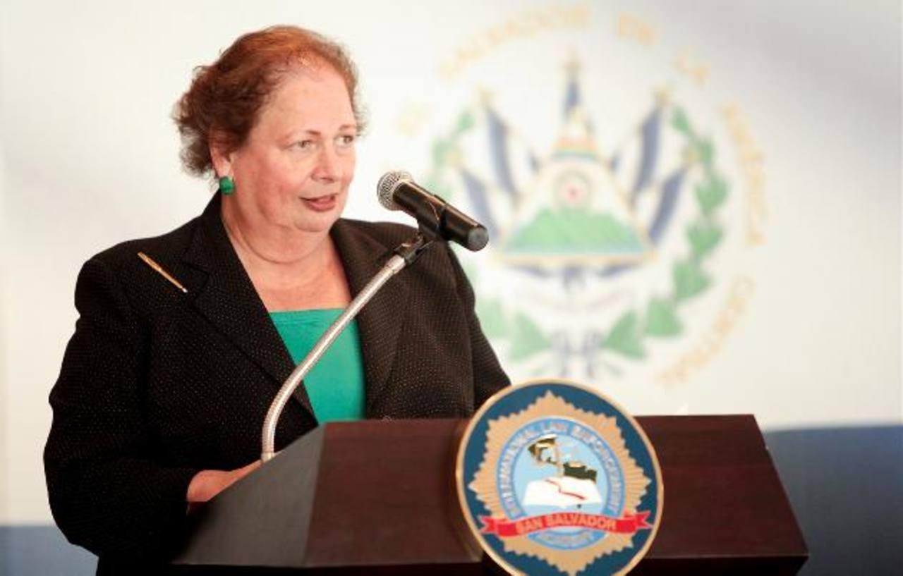 La embajadora Aponte participó ayer en un evento en la Academia Internacional para el Cumplimiento de la Ley (ILEA). Foto EDH
