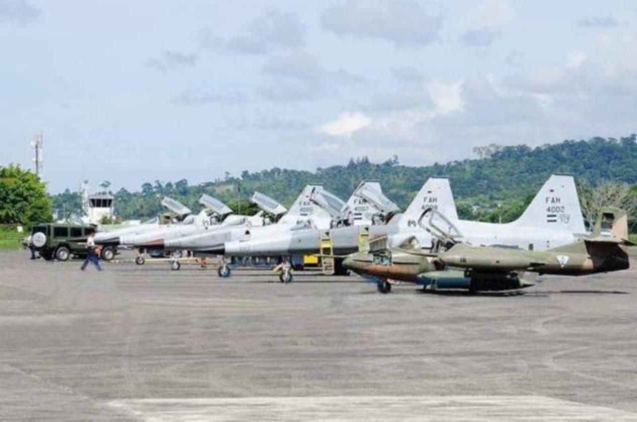 Los F-5 de la FAH fueron suplidos en la década de los 80 por Estados Unidos ante la escalada armamentista de Nicaragua. foto edh /