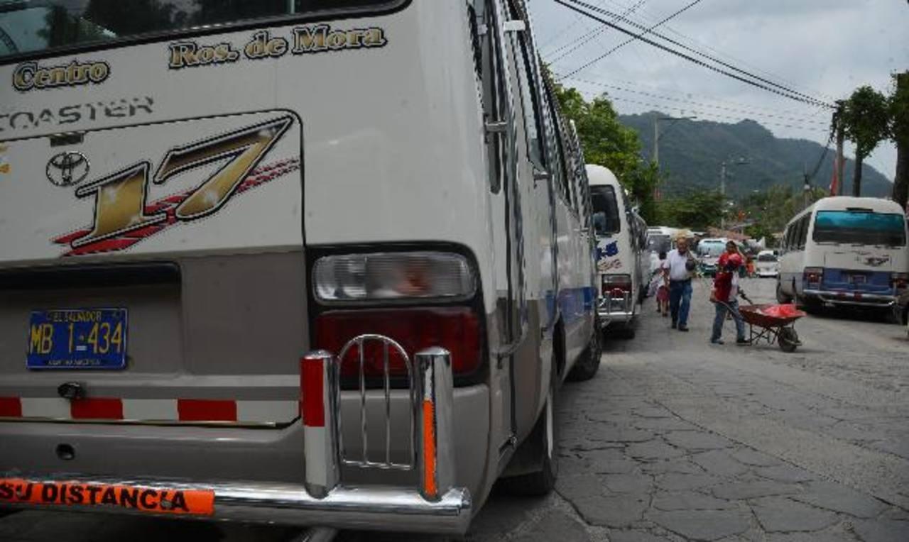 El ataque a un cobrador de la Ruta 17 en Panchimalco, el pasado viernes por la tarde, provocó que Panchimalco y Rosario de Mora amanecieran sin el servicio ayer. Foto EDH