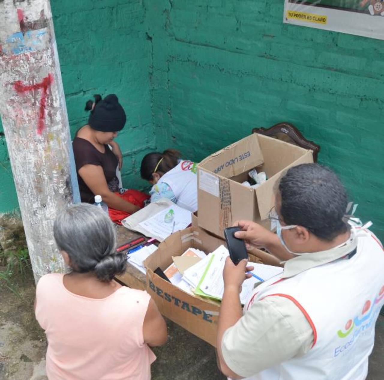Pobladores del cantón Zapote Abajo, de Ayutuxtepeque, fueron los primeros en presentar los síntomas. foto edh / archivo