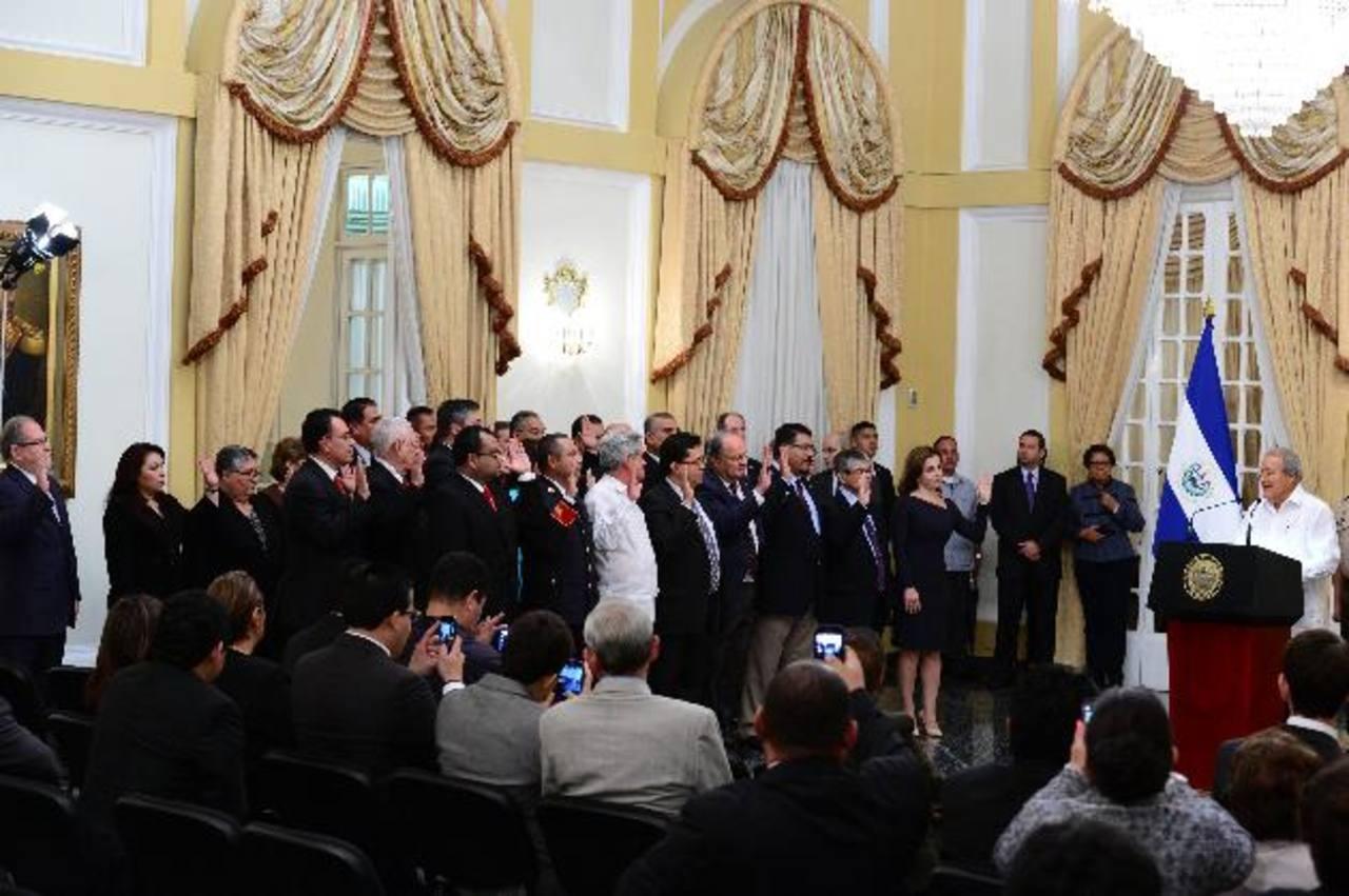Sánchez Cerén tuvo ayer su primera reunión con los ministros a quienes les pidió austeridad estatal. foto edh / jorge reyes