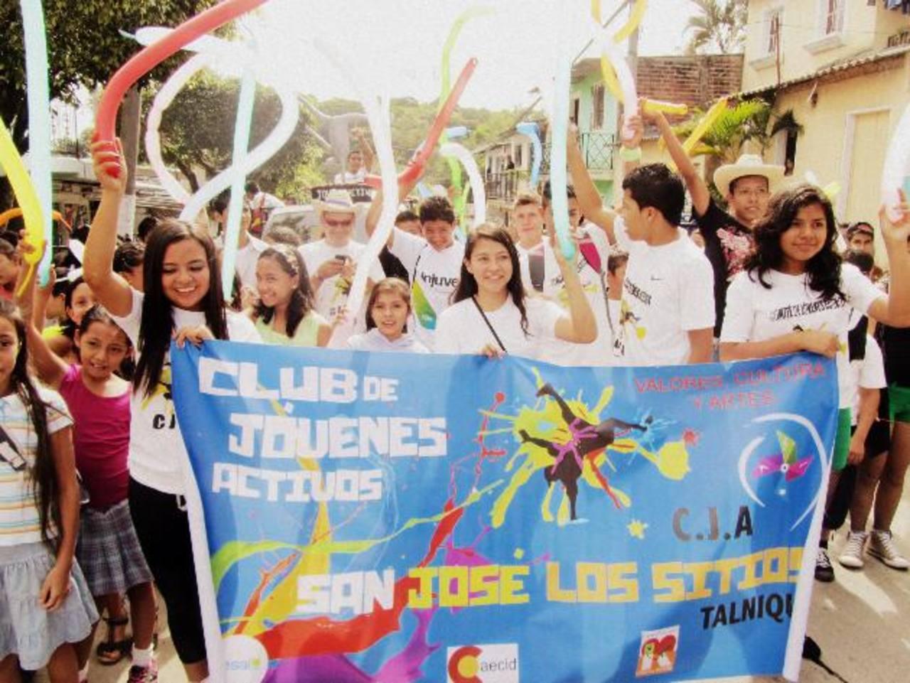 Los jóvenes fueron los principales protagonistas de la jornada realizada en Tepecoyo, La Libertad. Foto EDH / cortesía
