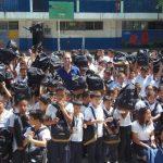 Los alumnos del Centro Escolar Walter Soundy, de Antiguo Cuscatlán, fueron beneficiados. Foto EDH / cortesía
