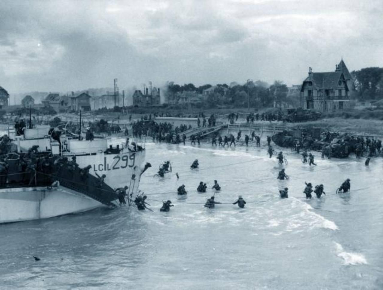 Conmemoran 70 años de la batalla de Normandía