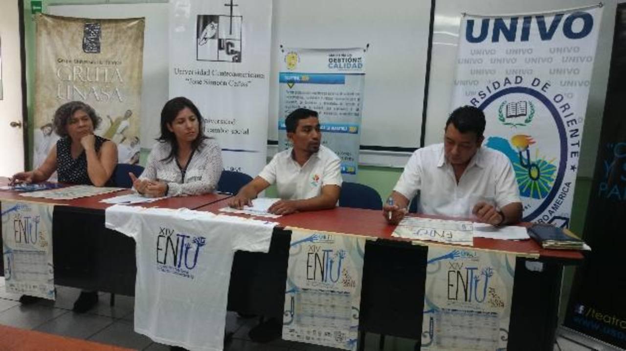 Representantes del ENTU mencionaron que uno de sus propósitos es convertirse en un encuentro regional que propicie el intercambio teatral. Foto EDH/Diandra Mejía