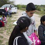 Los menores proceden en su mayoría de Honduras, El Salvador y Guatemala. Si se salvan de los cárteles y el secuestro en México, tienen muchas posibilidades de ser capturados por la Patrulla Fronteriza.