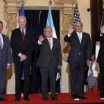 Presidente de El Salvador está en Guatemala participando en el encuentro.