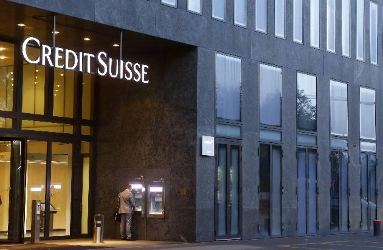 Uno de los casos más recientes de evasión de impuestos en Estados Unidos fue por el banco europeo Credit Suisse. foto edh