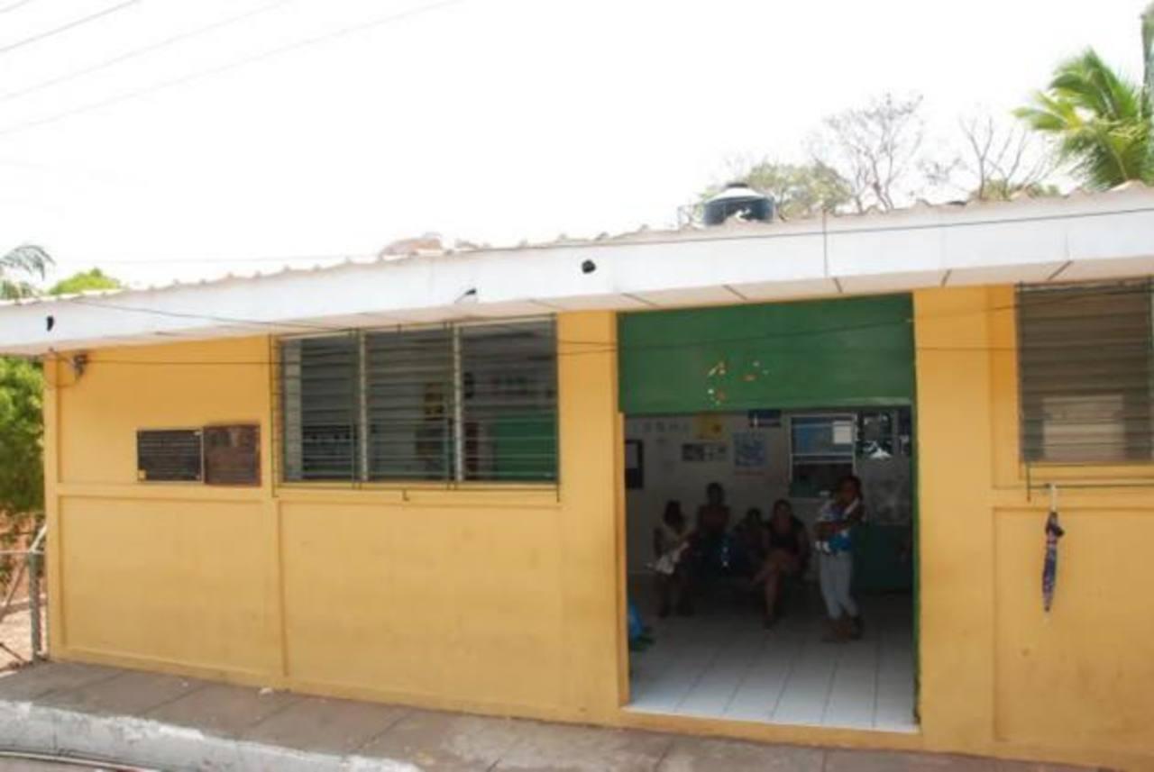 Habitantes piden que se extienda el servicio por las noches, ya que solo trabajan hasta las 4:00 p.m. Foto EDH / ARCHIVO