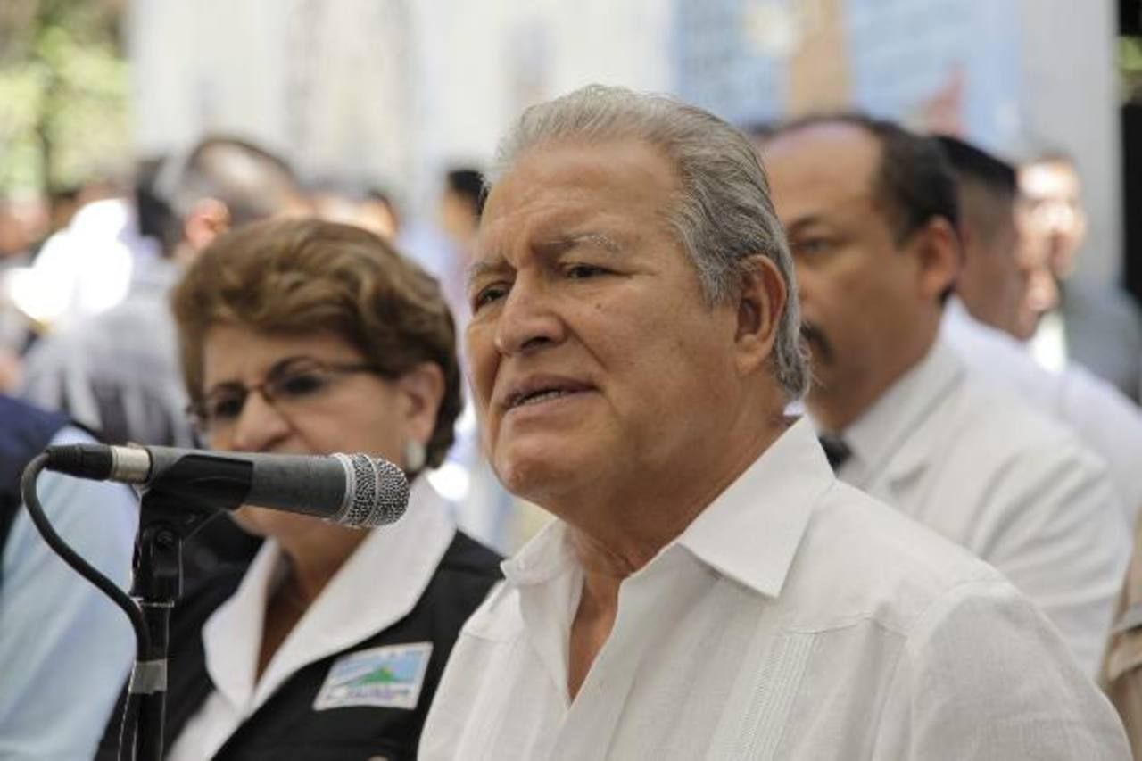 Sánchez Cerén descarta reunión con Juan Orlando Hernández