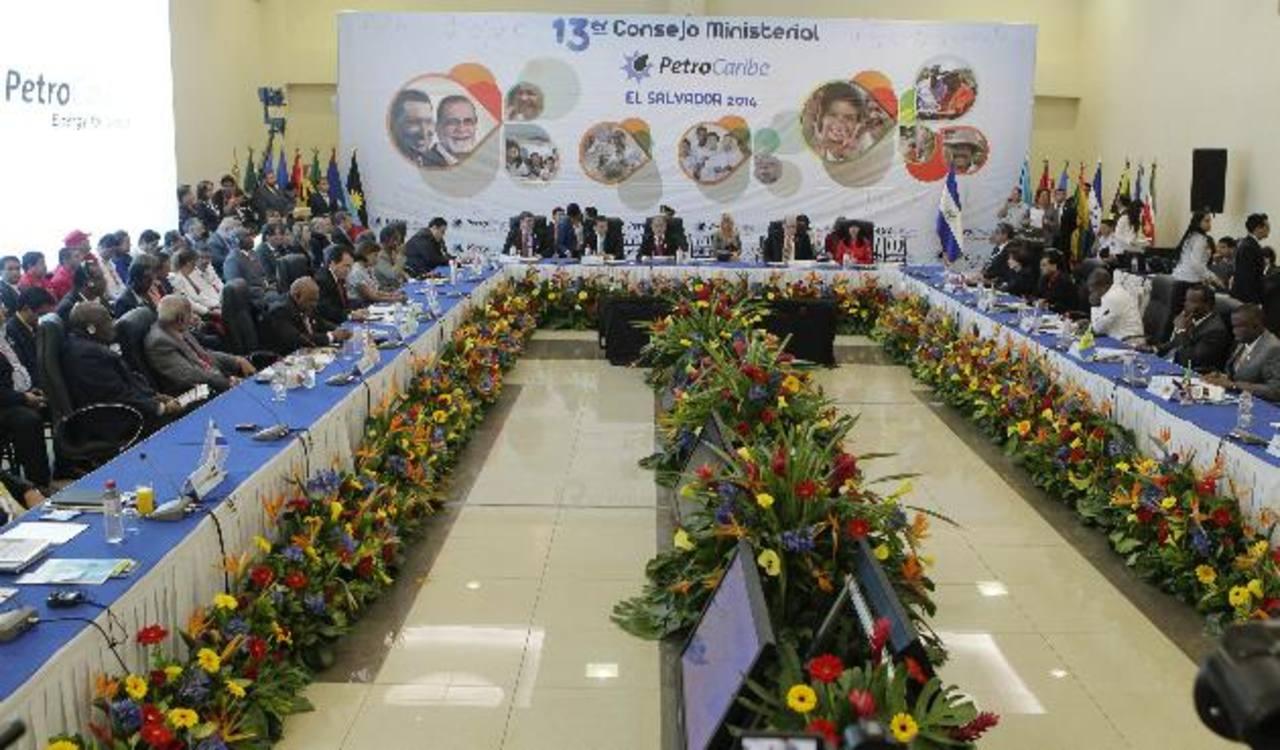 El Salvador solicitó el ingreso a Petrocaribe el 2 de junio pasado.