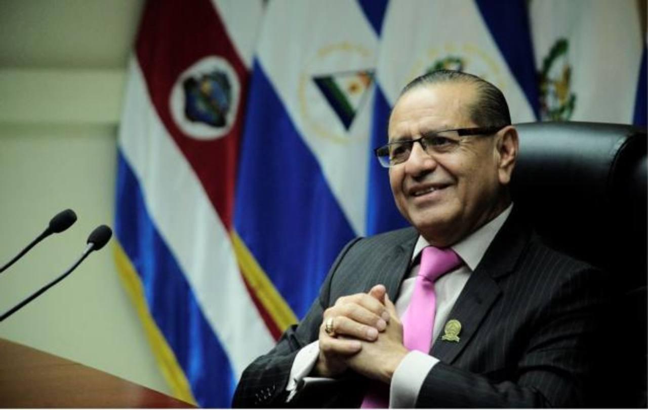 Corte de Cuentas entregará finiquito a expresidente Funes la próxima semana