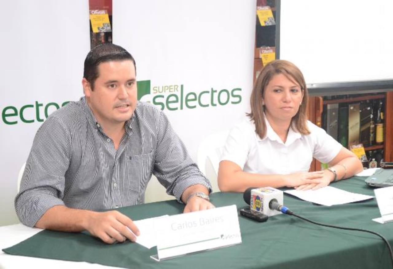 Representantes de Selectos anunciaron la promoción.