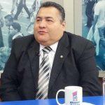 El juez Primer de Instrucción Italmir Orellana en entrevista televisiva.