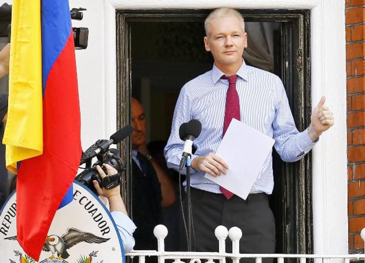 Assange cumple dos años en embajada ecuatoriana