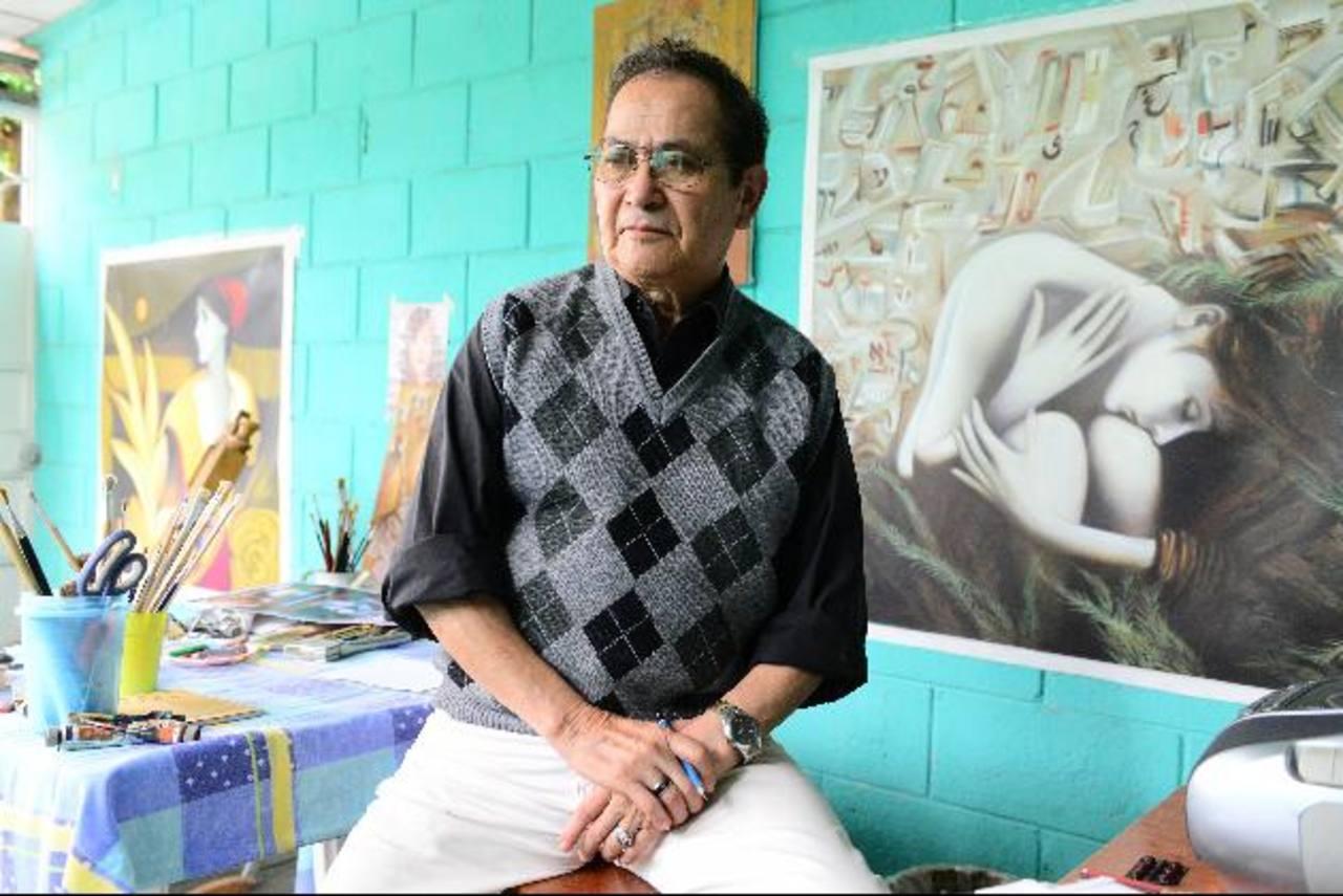 El pintor y maestro salvadoreño ha trascendido fronteras con su trabajo. Ha venido al país con proyección. fotos EDH / cÉsar aviles