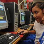 """Sánchez Cerén reiteró que se implementará el programa """"Un niño una computadora"""""""