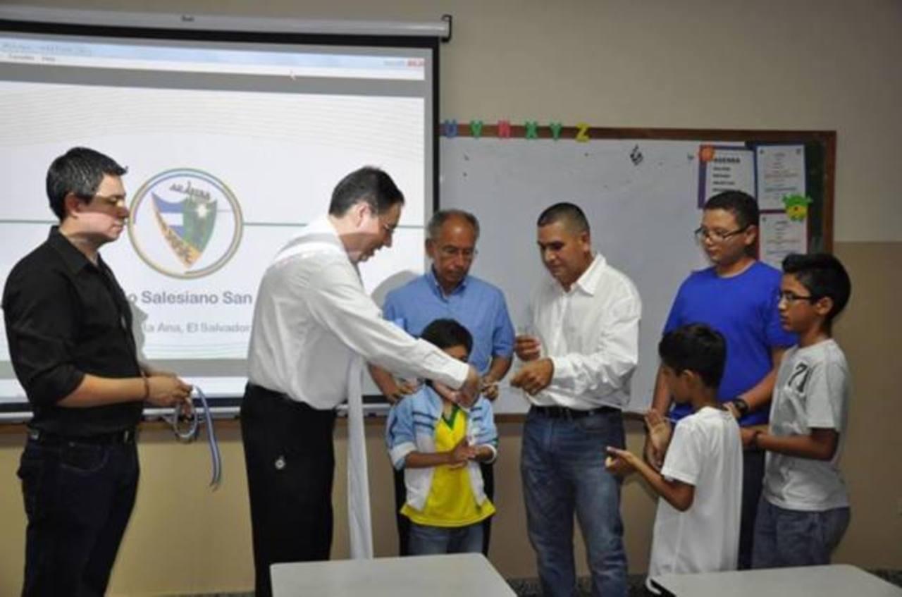 Las 16 aulas del colegio salesiano en Santa Ana tienen tecnología de punta. Foto EDH / Cortesía