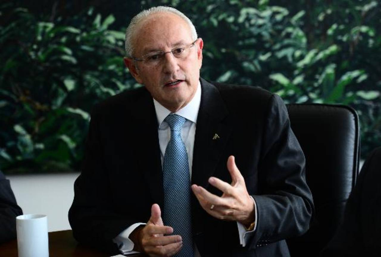 Carlos Araujo Eserski presidió la ANEP de 2009 a 2012. Previamente fungió como presidente de AFP Crecer y Vicepresidente de Banco Agrícola.