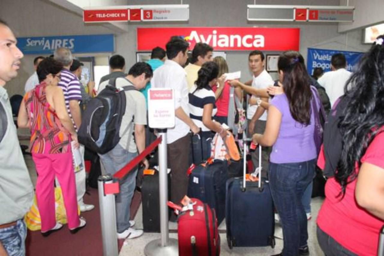 En rutas de Colombia, Perú y Ecuador, sus principales mercados, el número de pasajeros llegó en el primer semestre del año a 7.374.845, un 6,3 % más que en el mismo periodo de 2013.
