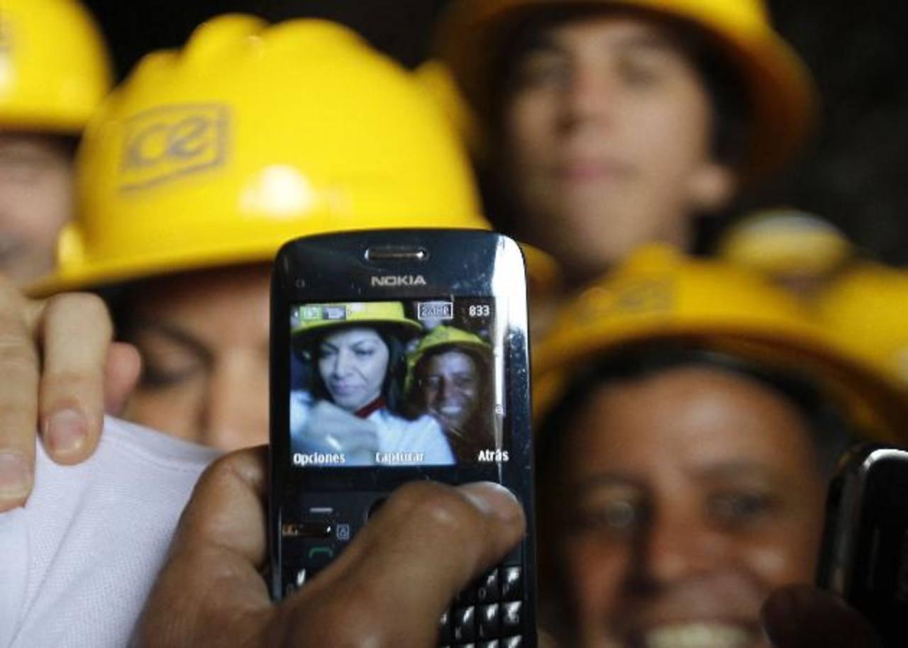 La apertura del mercado de las telecomunicaciones a la competencia privada en Costa Rica se dio durante la administración de la ex presidenta Laura Chinchilla, a finales de 2011.
