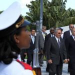 Vladimir Putin junto a su homologo Raúl Castro.