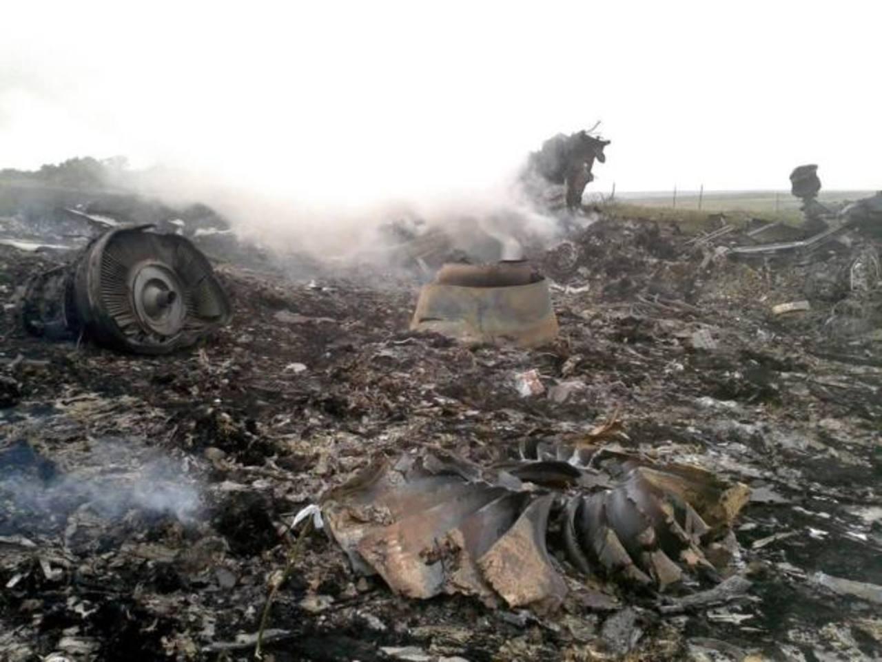 Rastros del avionazo en Ucrania