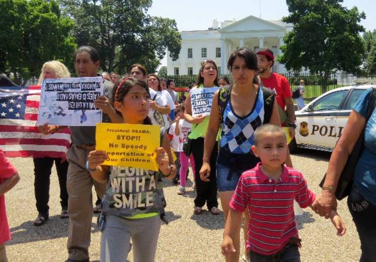Arrecia lucha de organizaciones para evitar deportación de menores retenidos en frontera de EE.UU.