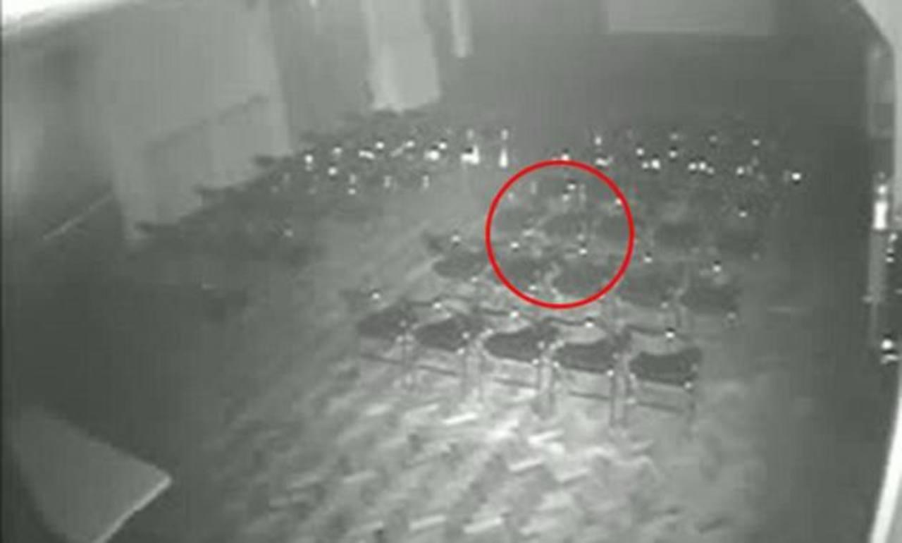 Terroríficas imágenes de una silla que se mueve sola