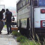 Según la Policía, el motorista del autobús de la ruta 3 recibió por lo menos ocho disparos en distintas partes del cuerpo