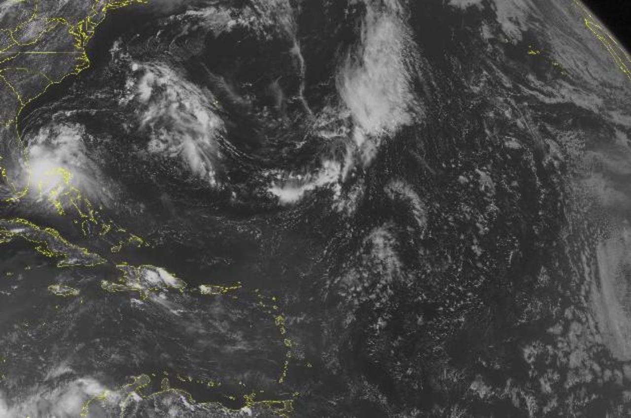 Alerta por tormenta Arthur en costa de Carolina del Norte, en el este de EEUU
