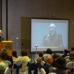 El Cardenal Óscar Rodríguez Maradiaga instó a buscar formas creativas de llevar el mensaje de Dios . foto edh / rené quintanilla