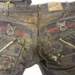 El pantalón que llevaba puesto Gilberto Francisco Ramos Juárez, quien fue hallado muerto en el Valle del Río Grande en el sur de Texas este mes.