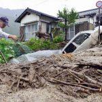 """El tifón """"Neoguri"""" causó ya tres muertos y 49 heridos en Japón"""