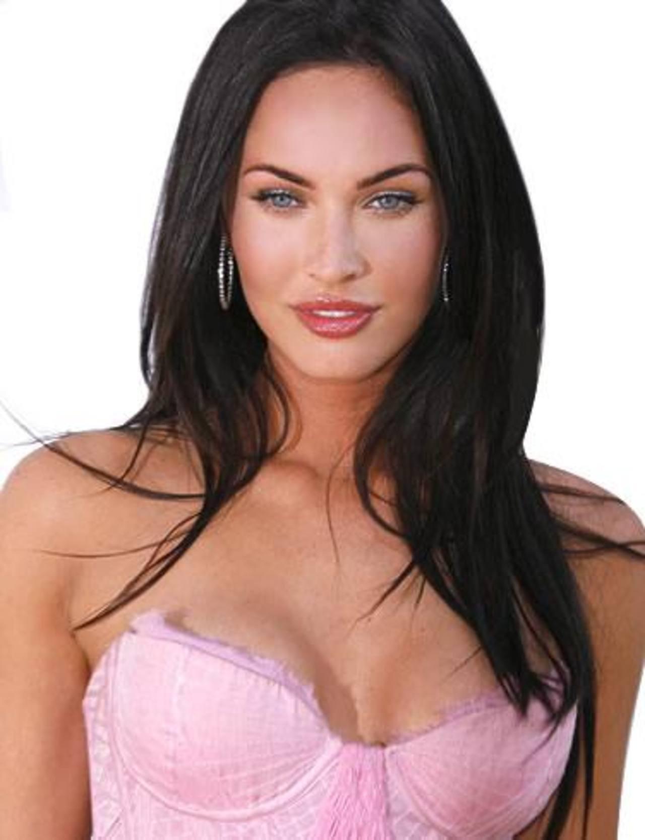 ¿Cómo prefieres a Megan Fox, con o sin maquillaje?