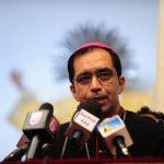 Monseñor José Luis Escobar Alas pidió a los políticos que respeten el Estado de Derecho del país. Foto edh/ARCHIVO